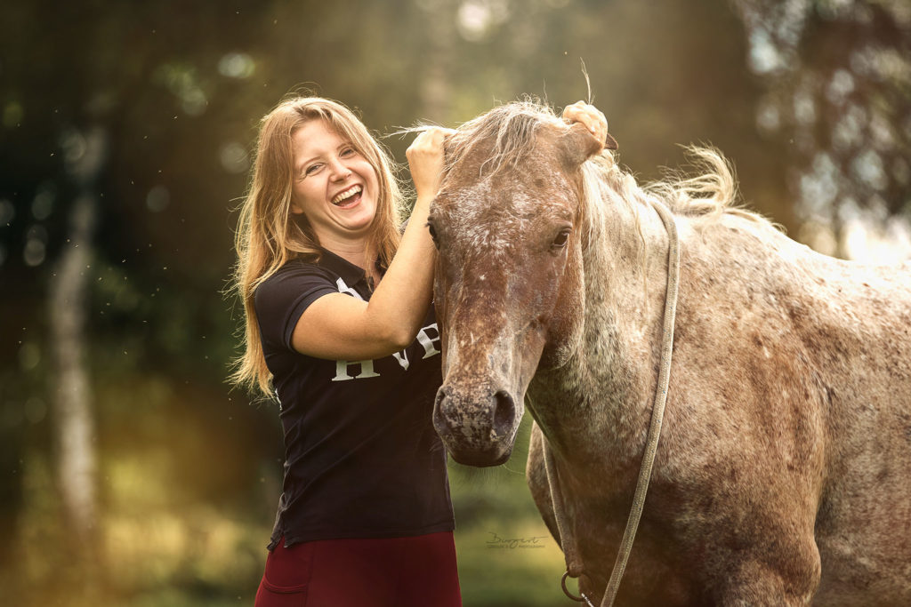 Mustang Makeover, Hero Merkel, Mustang